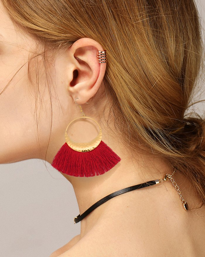 Bohemian Woolen Fringed Scallop Disc Earring - Red ONE SIZE