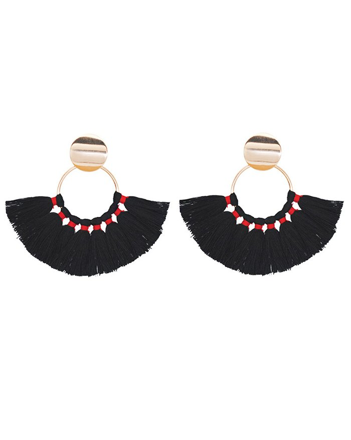 Scalloped Hand-woven Cotton Tassel Earring - Black ONE SIZE