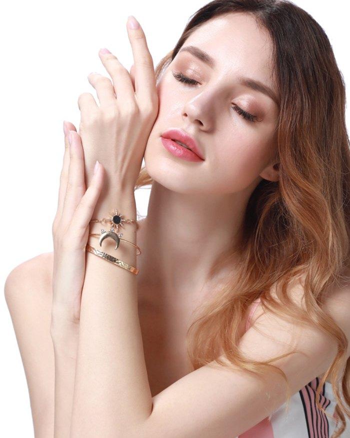 Sun Moon Star Diamond Combination Bracelet - Golden ONE SIZE