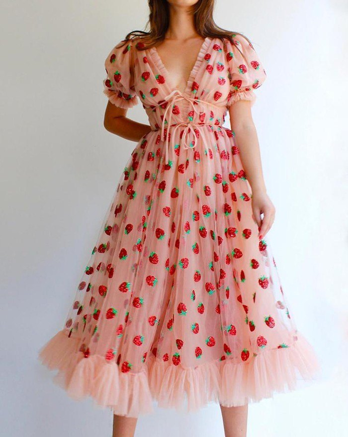 Sequined Strawberry Mesh Pleated Maxi Dress - Pink M