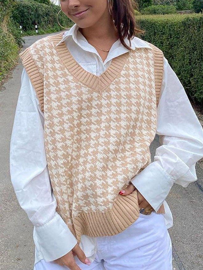 V Neck Houndstooth Sweater Vest - Camel S