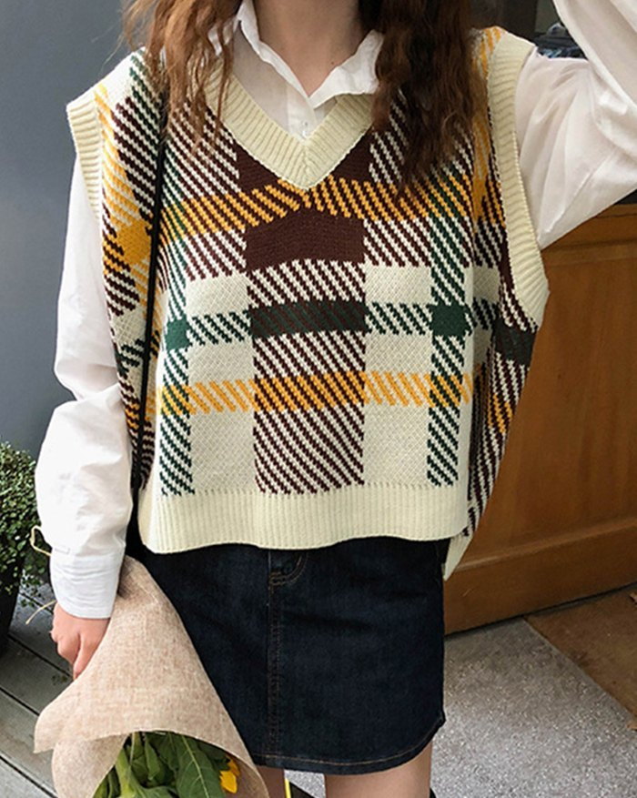 Plaid Striped Knitted Sweater Vest - Cream ONE SIZE