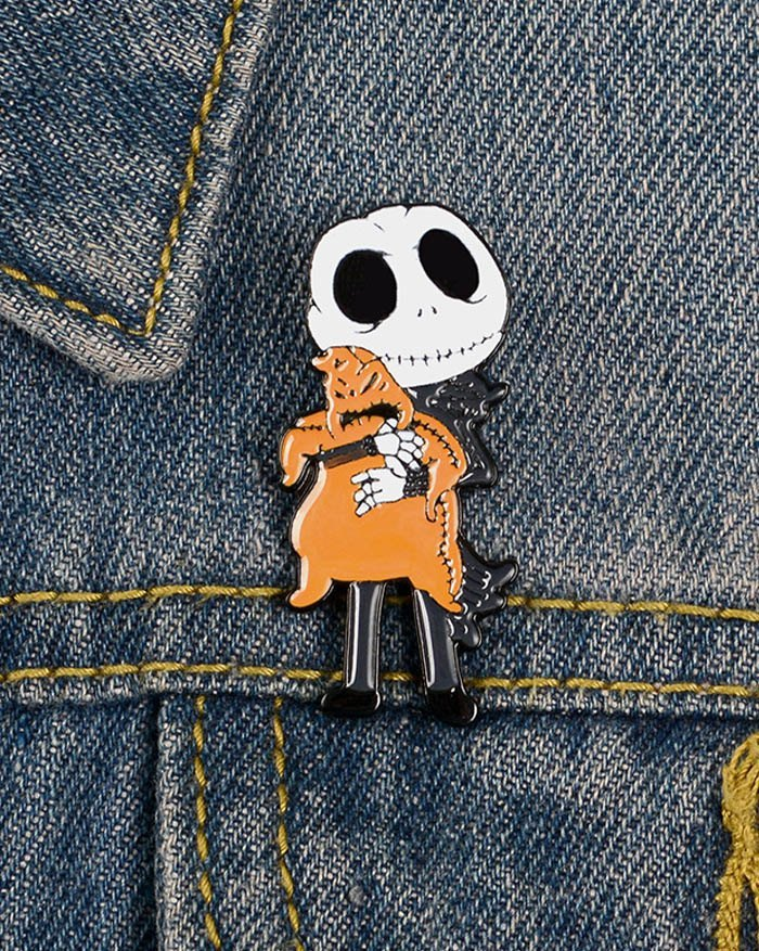 Halloween Ghost Prince Brooch -  ONE SIZE