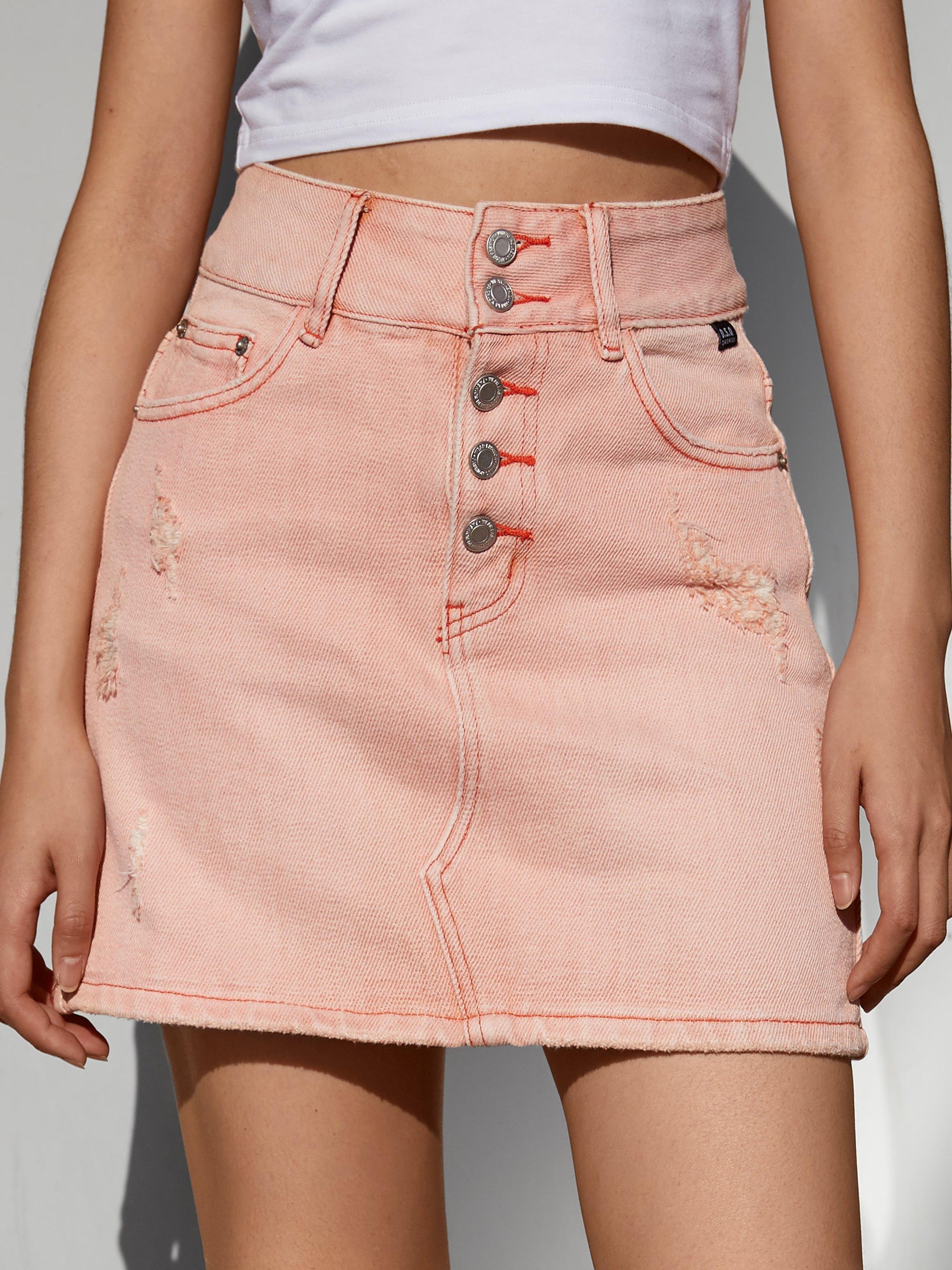 Distressed Buttoned Denim Mini Skirt - Pink L