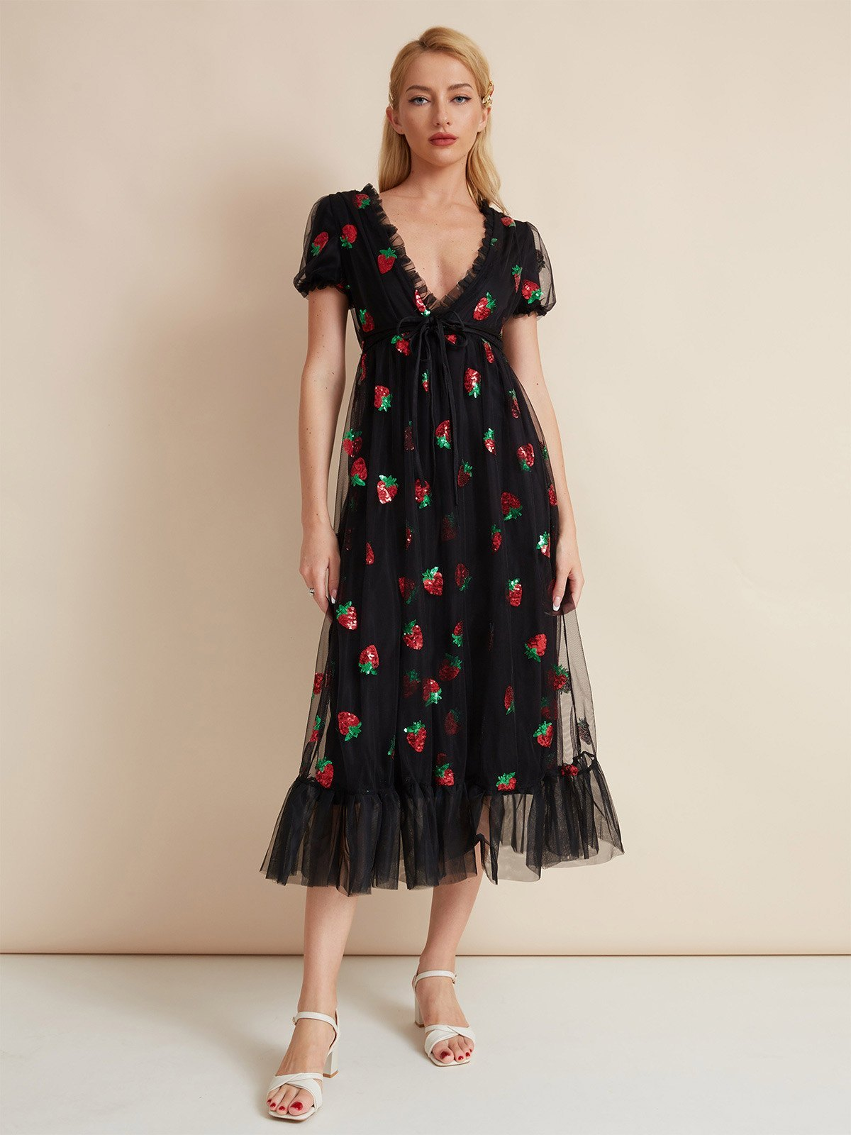 Sequined Strawberry Mesh Pleated Maxi Dress - Black XL