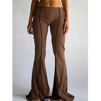 Pantalones acampanados con detalle de costuras