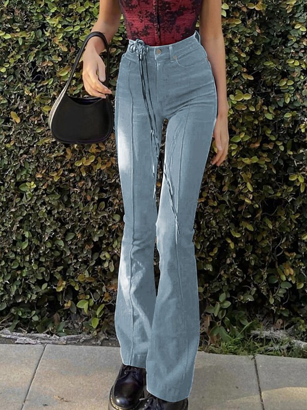 Back Cutout Flare Jeans -
