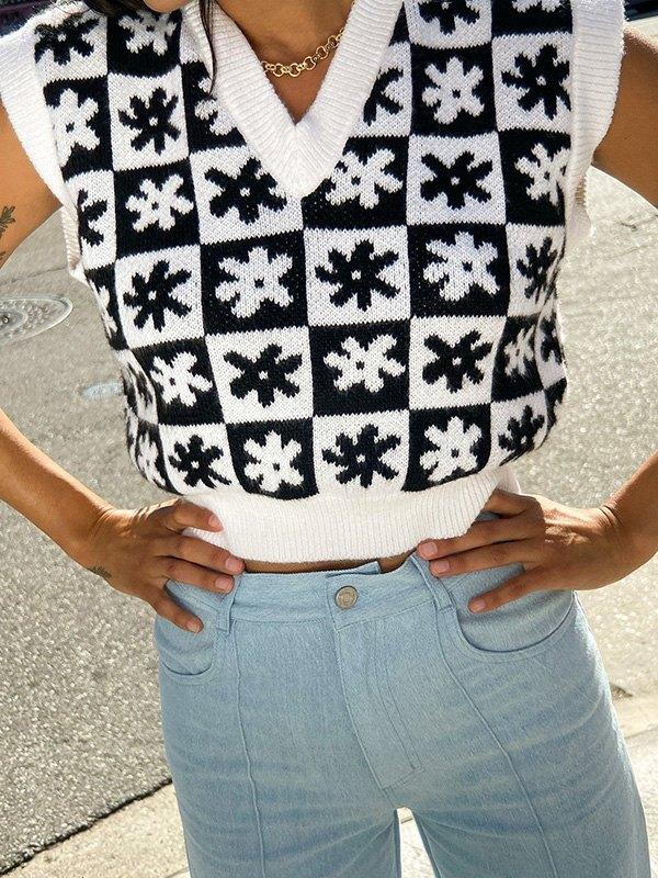 Floral Checkered Crop Sweater Vest - Black S