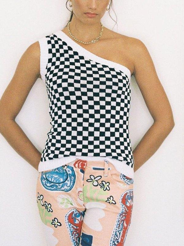 Slant Shoulder Checkered Sweater Vest - Black M