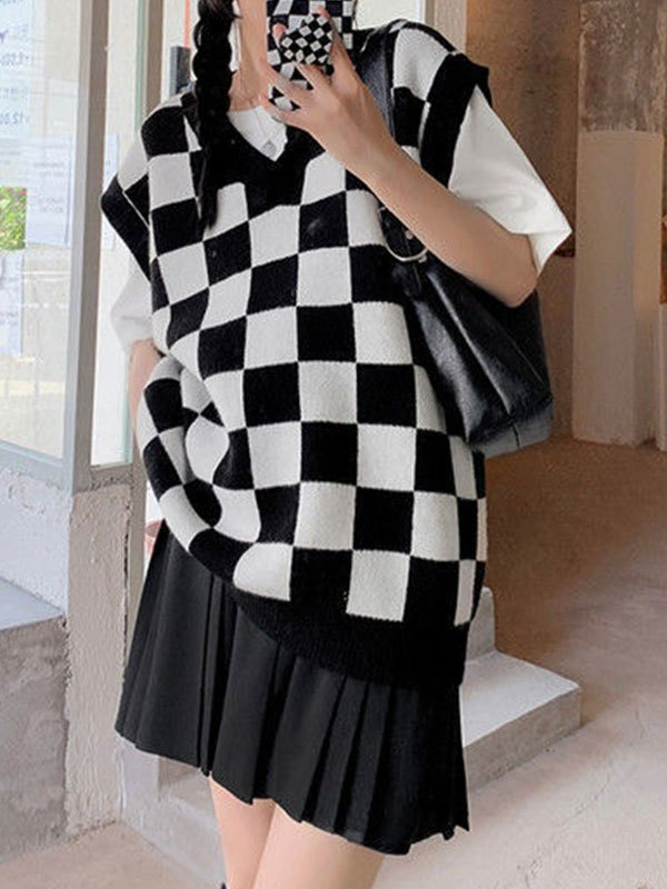 Checkered Pattern Knit Sweater Vest - Black ONE SIZE