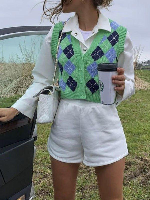 Argyle Buttoned Crop Sweater Vest - Green M