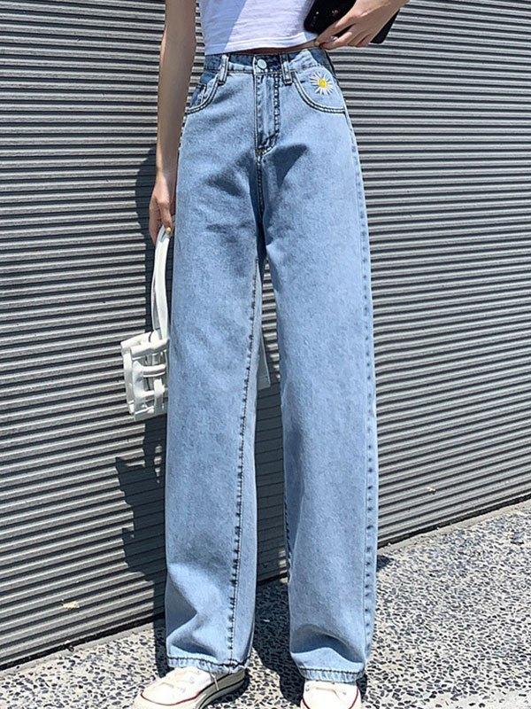 Daisy Embroidery Boyfriend Jeans - Blue L