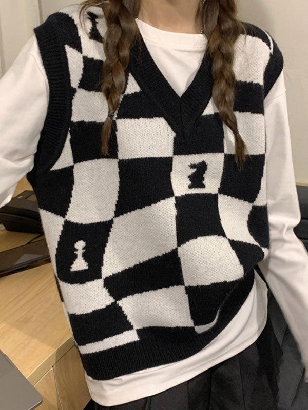 V Neck Checkered Sweater Vest - Black ONE SIZE