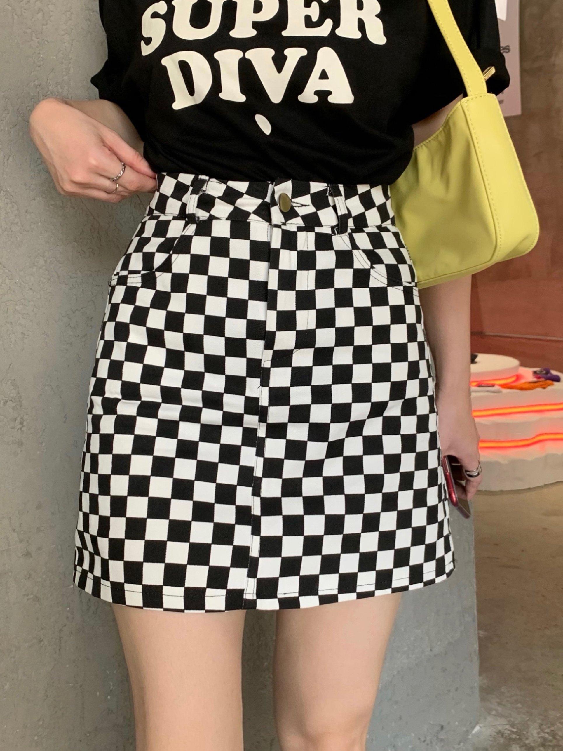 Checkered High Waist  Skirt - Black L