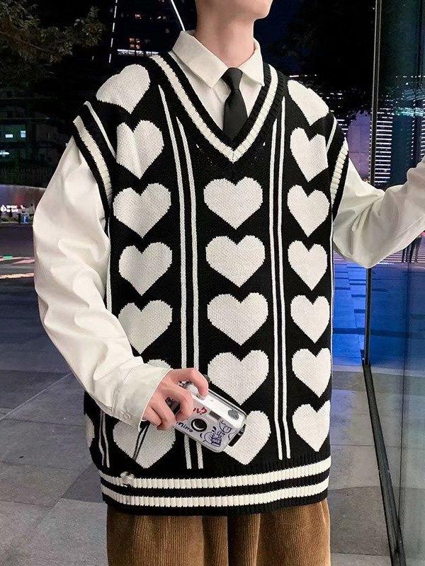 V Neck Heart Pattern Sweater Vest - Black M