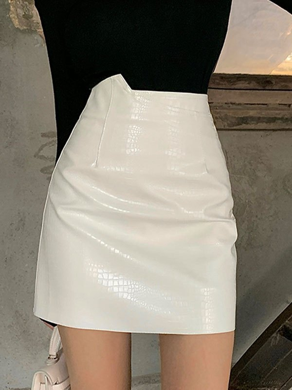 Asymmetric Pu Leather Mini Skirt - White L