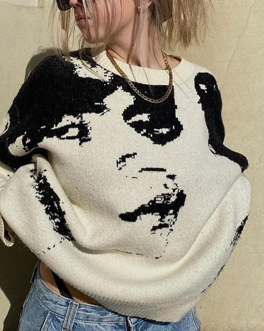 Oversized Colorblock Portrait Print Knit Sweater - White L
